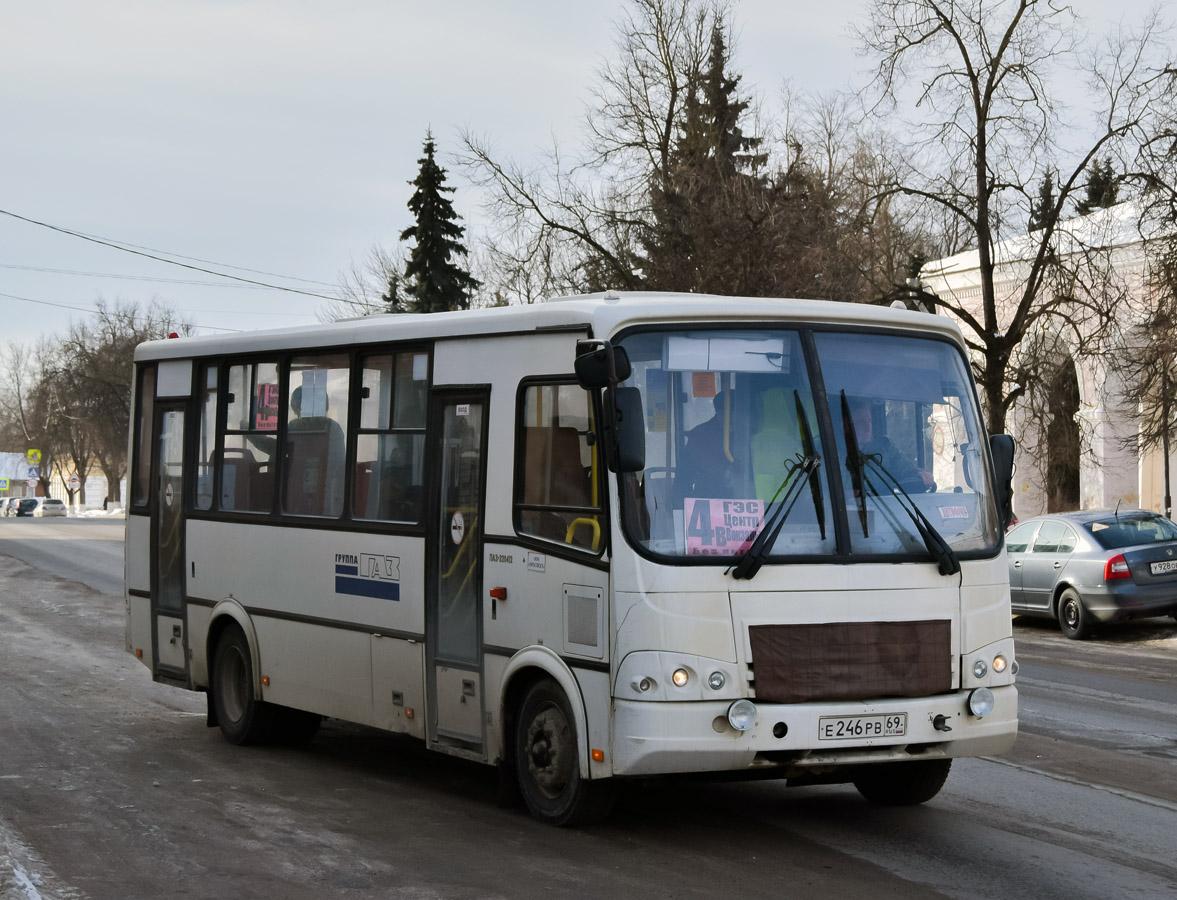 Вышний Волочёк. ПАЗ-320412-05 е246рв