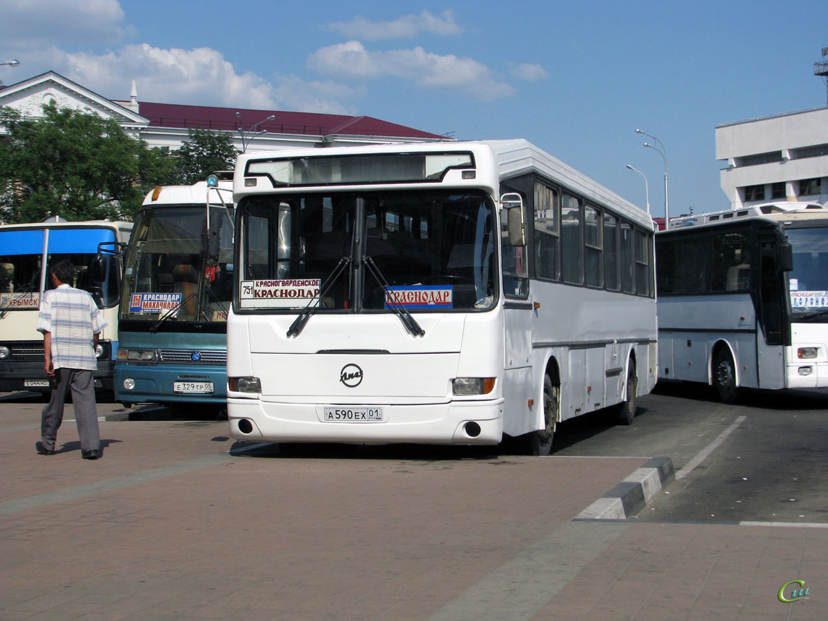 Краснодар. ГолАЗ-52563R а590ех