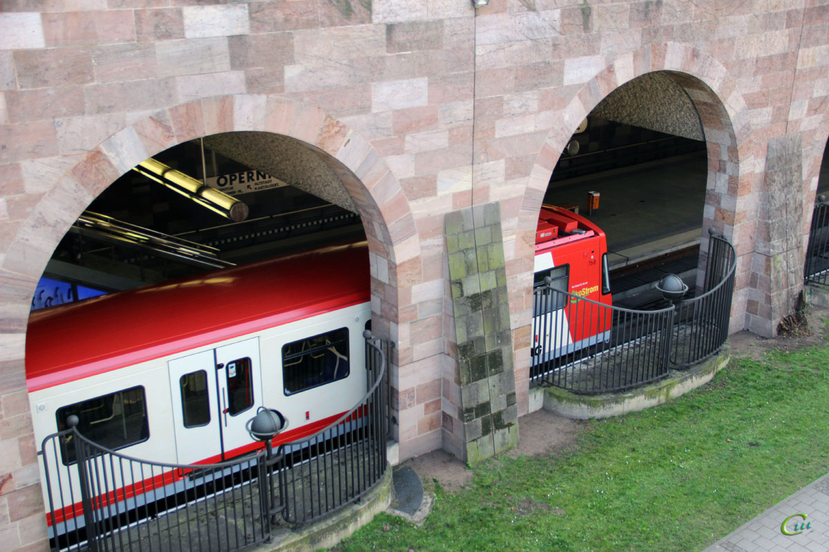 Нюрнберг. Siemens VAG-Baureihe DT3-F № 768