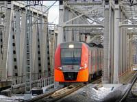 Москва. ЭС2Г-064 Ласточка