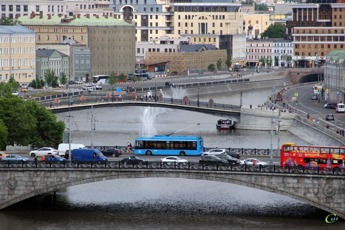 Москва. ТролЗа-5265.00 Мегаполис №8148
