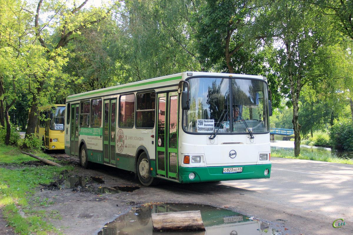 Вышний Волочёк. ЛиАЗ-5256.45 о823но