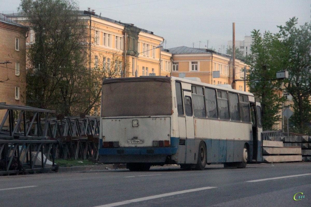 Москва. Ikarus 250.95 с519мм