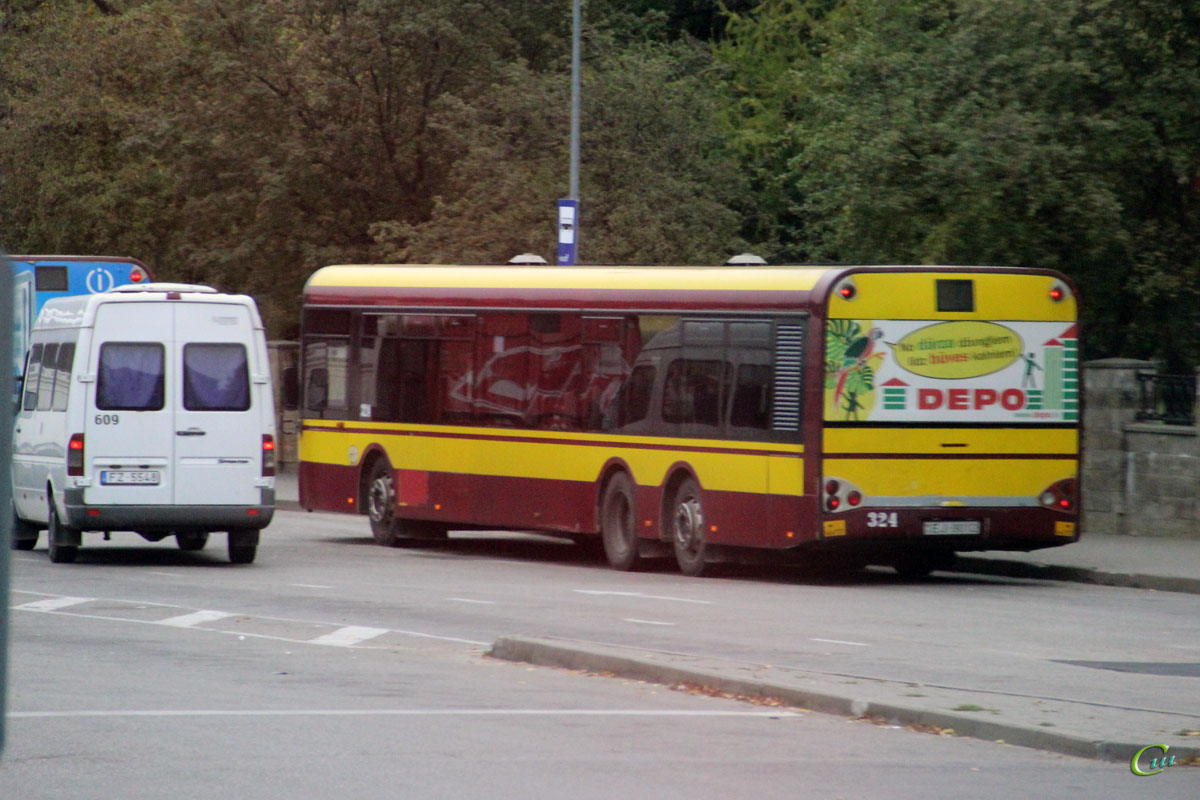 Даугавпилс. Solaris Urbino 15 EJ-9012, Mercedes-Benz Sprinter 311CDI FZ-5548
