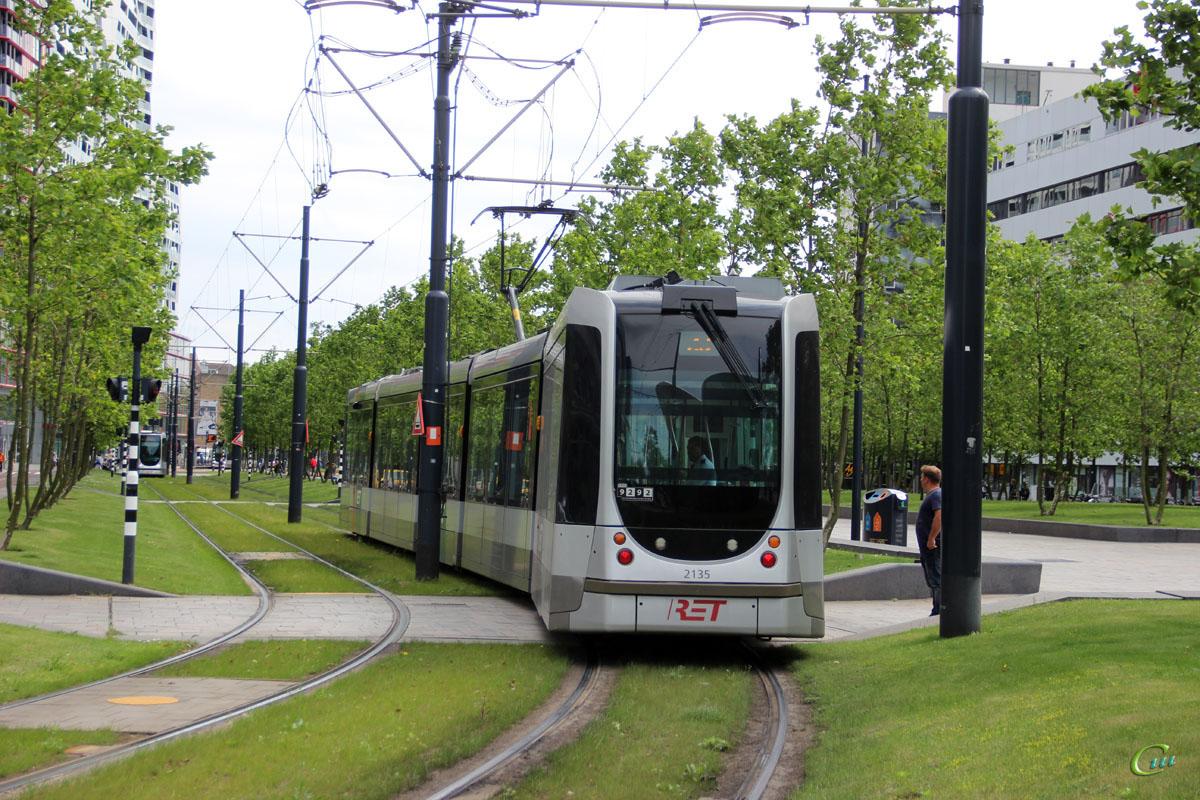 Роттердам. Alstom Citadis 302 №2135