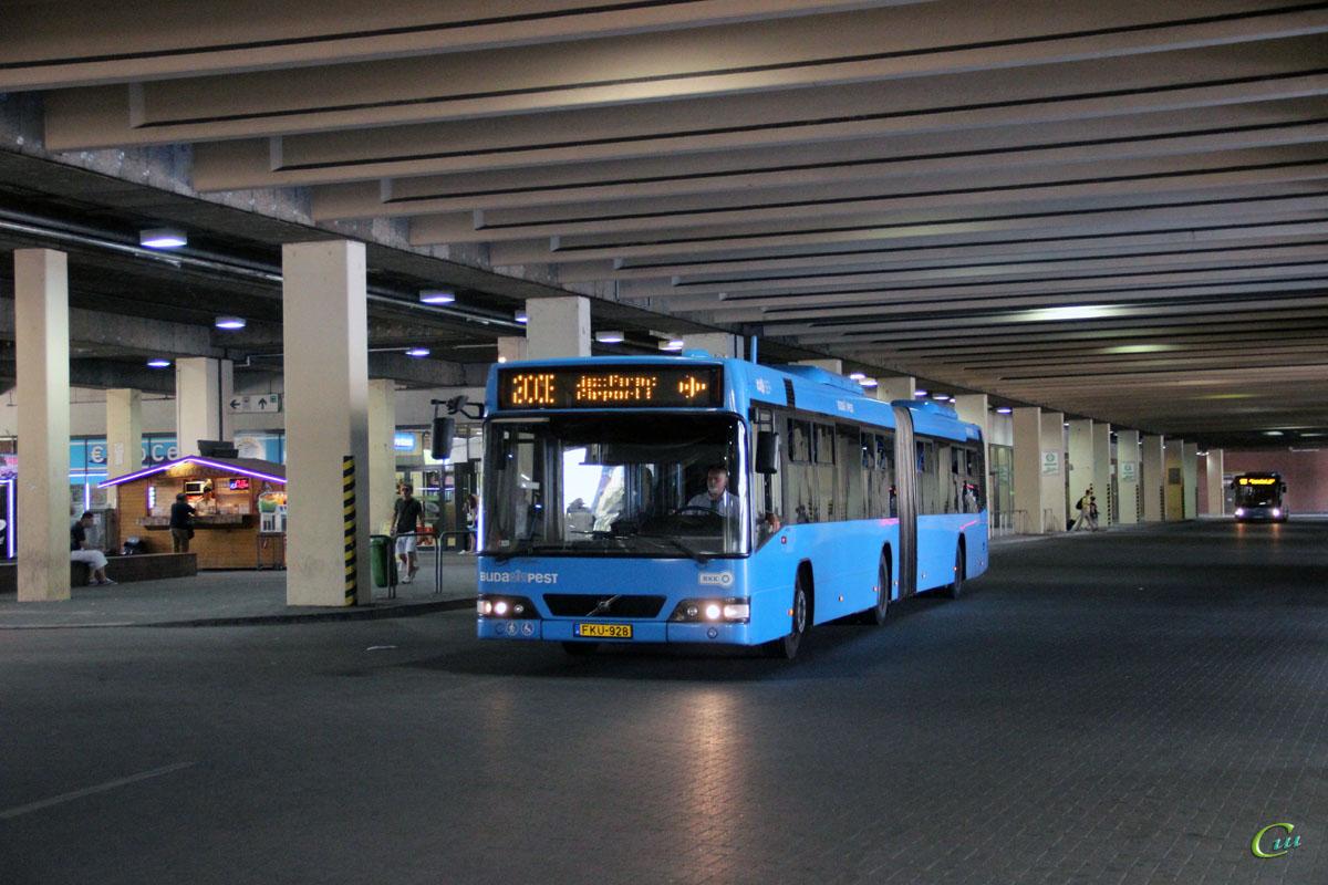 Будапешт. Volvo 7700A FKU-928