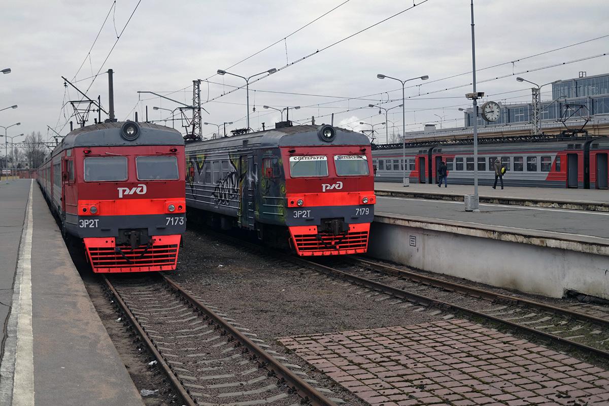 Санкт-Петербург. ЭР2Т-7173, ЭР2Т-7179