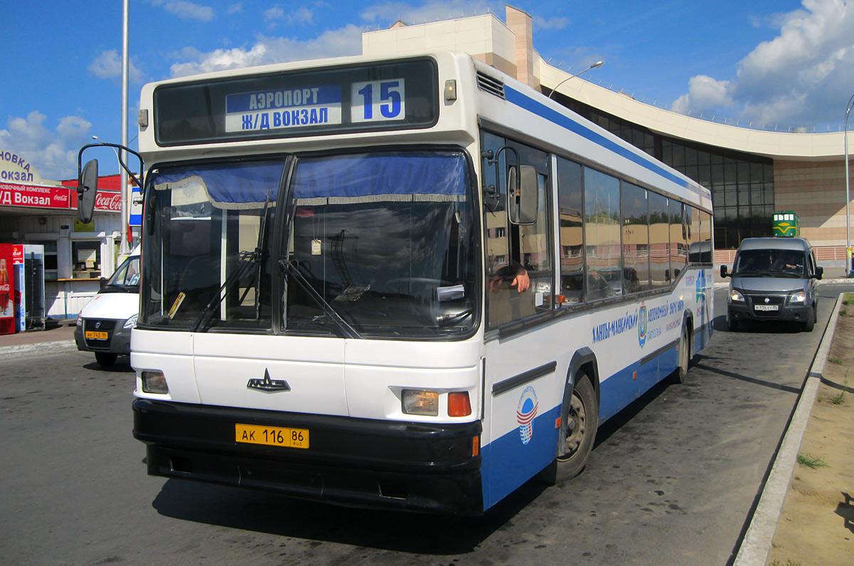 Нижневартовск. МАЗ-104.Х25 ак116