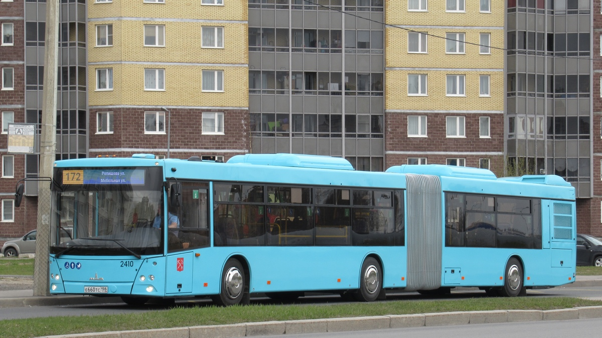 Санкт-Петербург. МАЗ-216.066 е660тс
