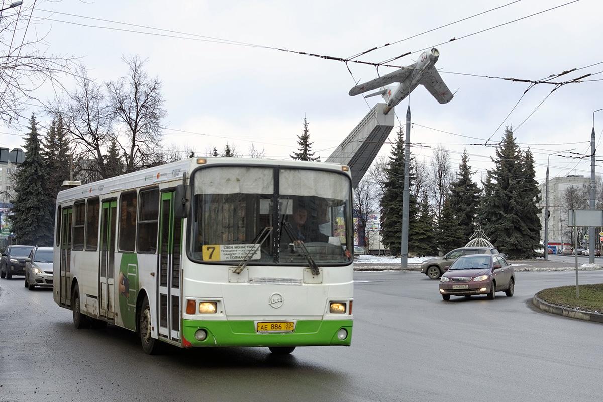 Брянск. ЛиАЗ-5256.45 ае886