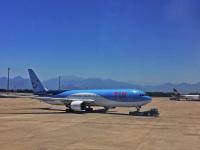 Анталья. Самолет Boeing 767-304(ER) G-OBYH TUI Airways