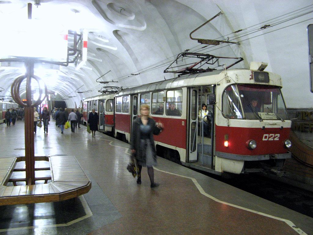 Кривой Рог. Tatra T3SU №023, Tatra T3SU №022