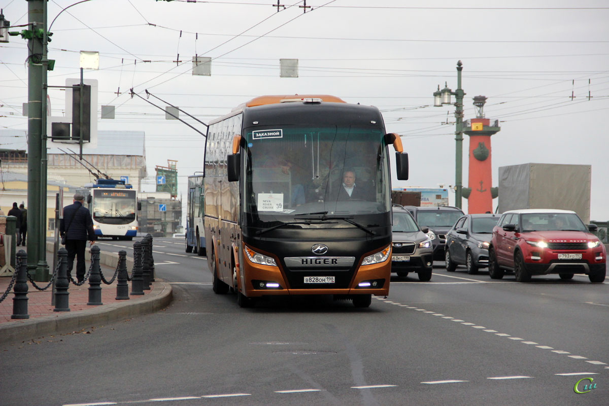 Санкт-Петербург. Higer KLQ6128LQ в828он