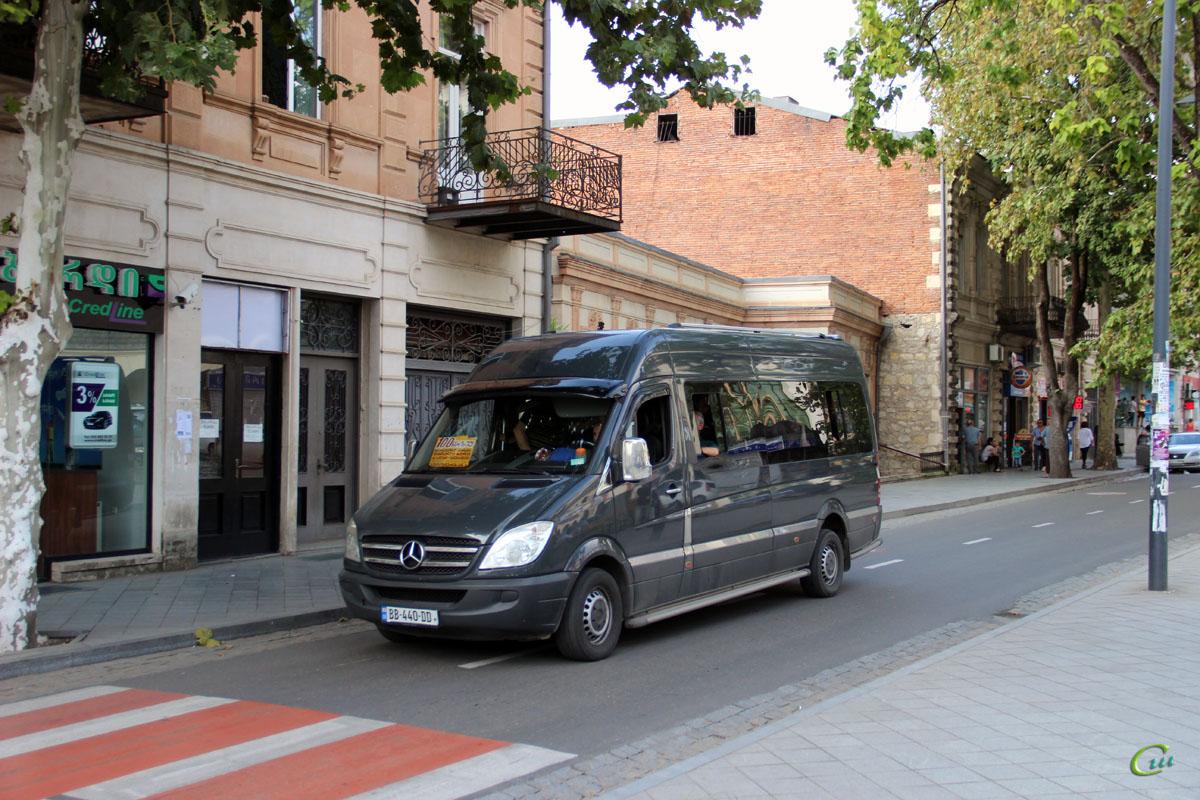 Кутаиси. Mercedes-Benz Sprinter BB-440-DD