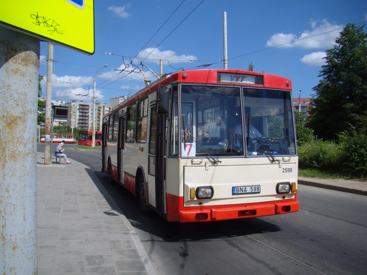 Вильнюс. Škoda 14Tr13/6 №2598