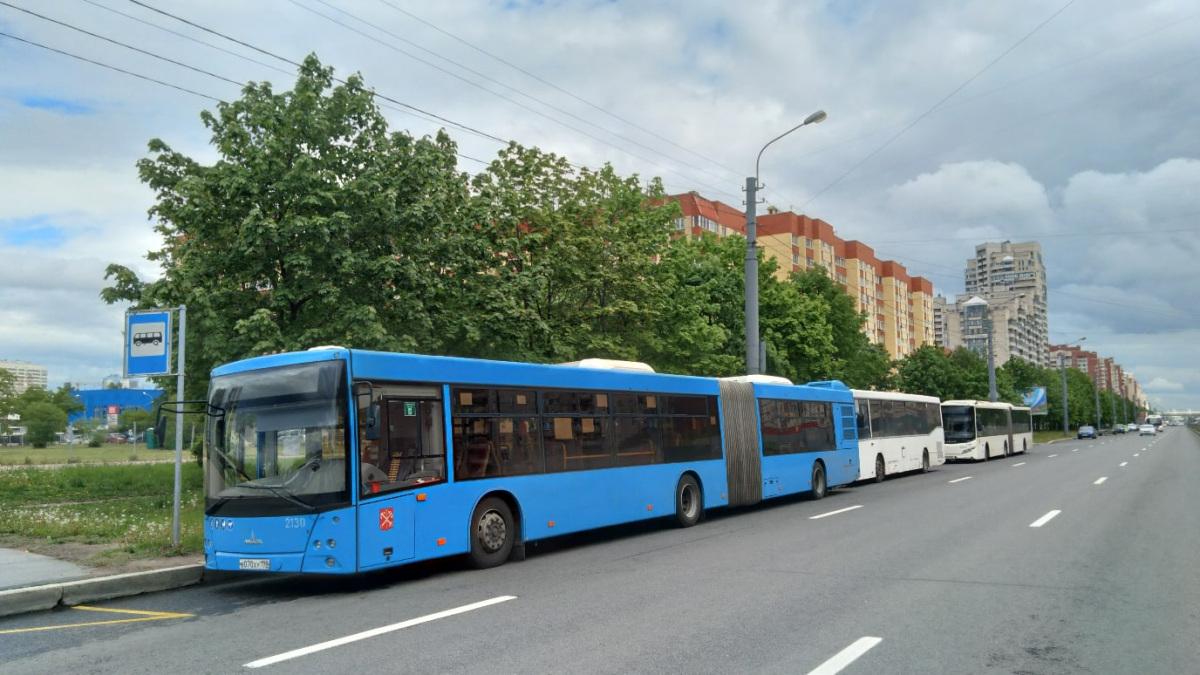 Санкт-Петербург. МАЗ-216.066 в070ху