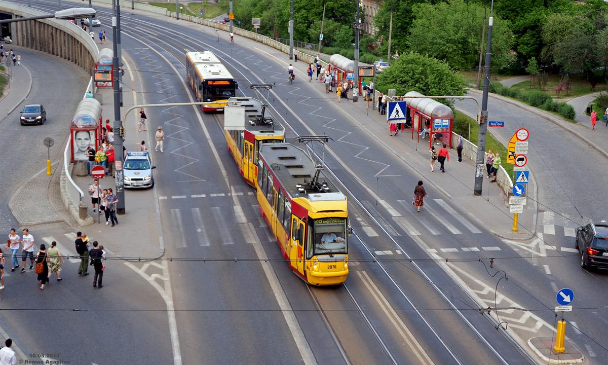 Варшава. Konstal 105N2k/2000 №2076