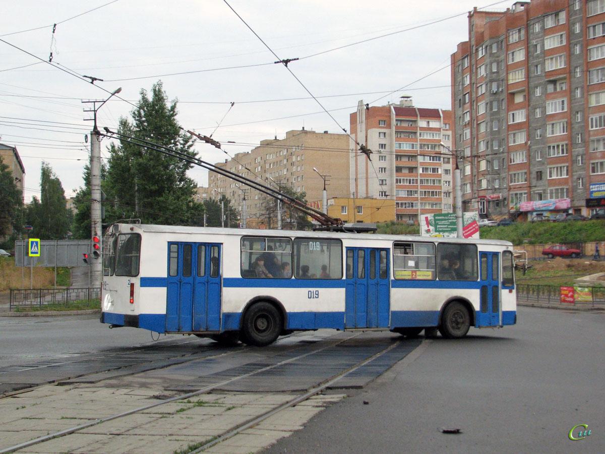 Смоленск. ЗиУ-682Г00 №019