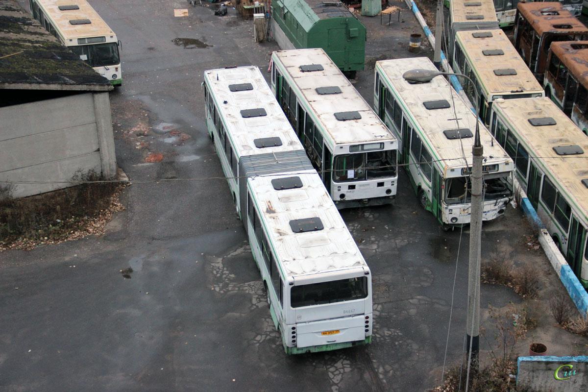 Москва. ЛиАЗ-5256.25 ву663, ЛиАЗ-6212.00 ан857, ЛиАЗ-5256.25 ву671