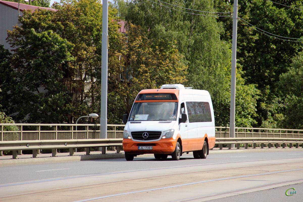 Рига. Universāls (Mercedes-Benz Sprinter 513CDI) JL-7351