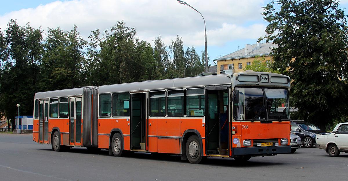 Псков. Hess (Volvo B10M-C) aa399