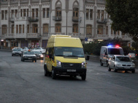 Тбилиси. Avestark (Ford Transit) TMB-174