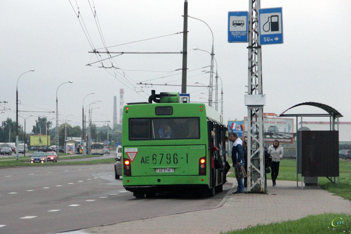 Брест. МАЗ-103.476 AE6796-1