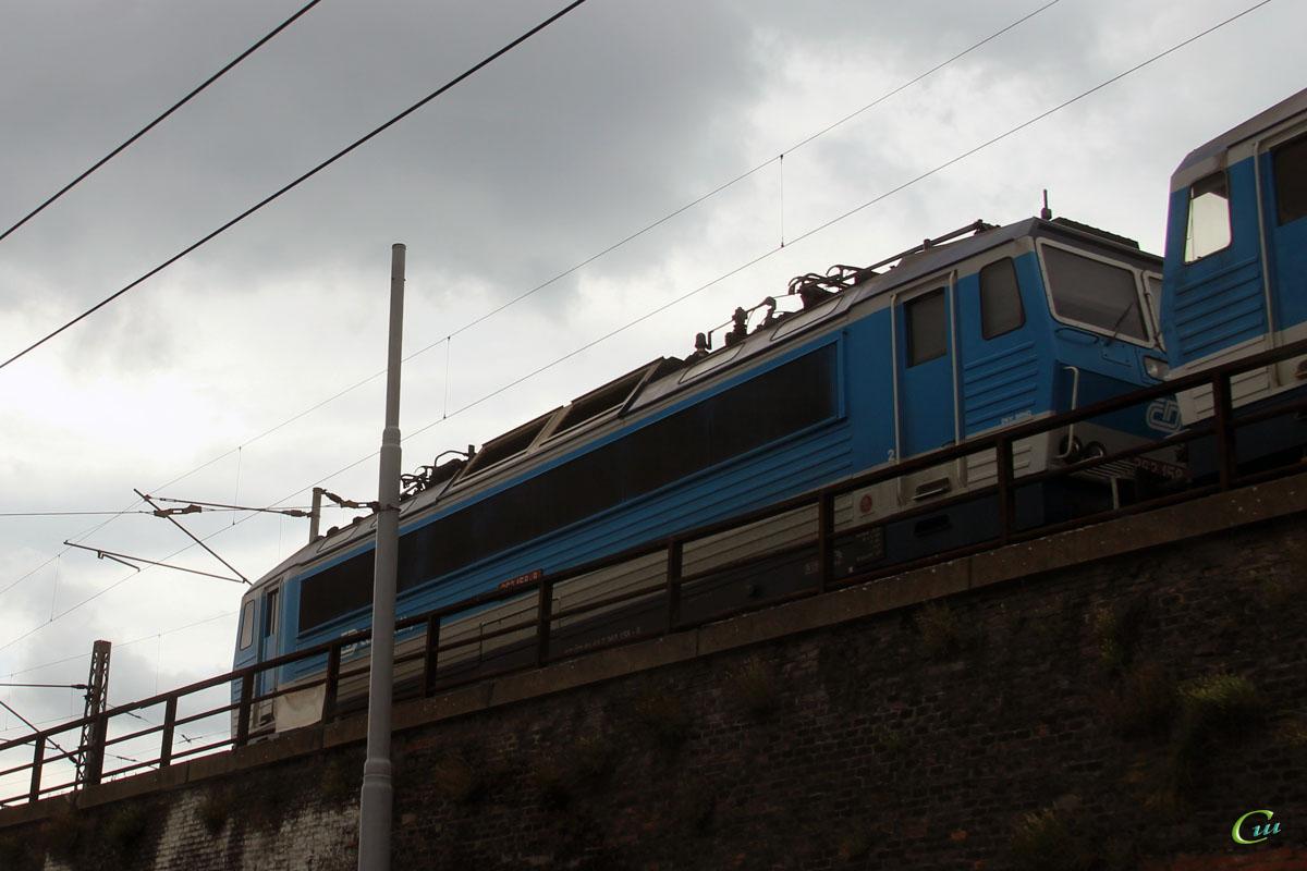 Брно. 362 158-8