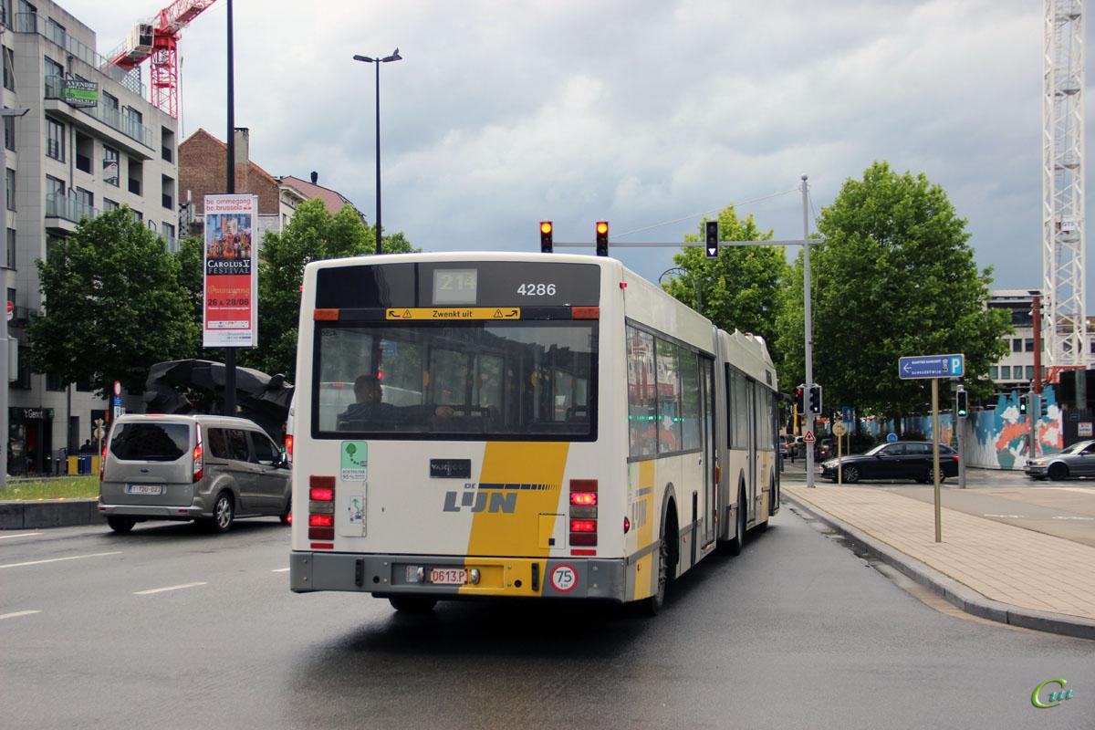 Брюссель. Van Hool AG500 0613.P