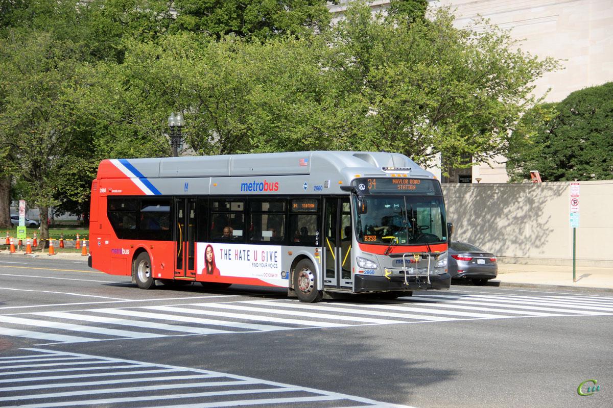 Вашингтон. New Flyer XN40 B 49787