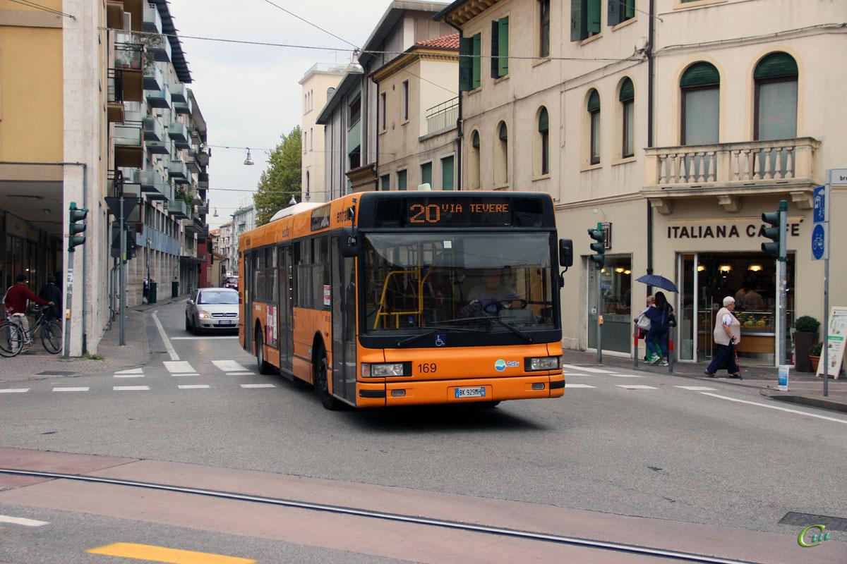 Венеция. IVECO CityClass BK 929MH