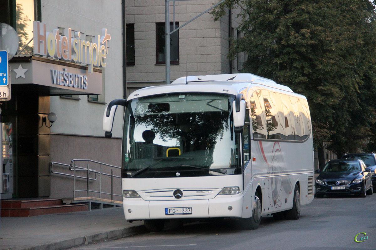 Вильнюс. Mercedes-Benz O510 Tourino FG-337