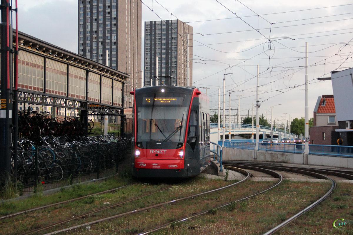 Гаага. Siemens Avenio №5032