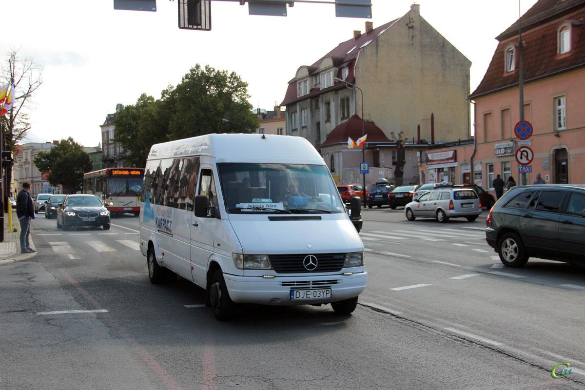 Еленя-Гура. Mercedes-Benz Sprinter 412D DJE 03YP