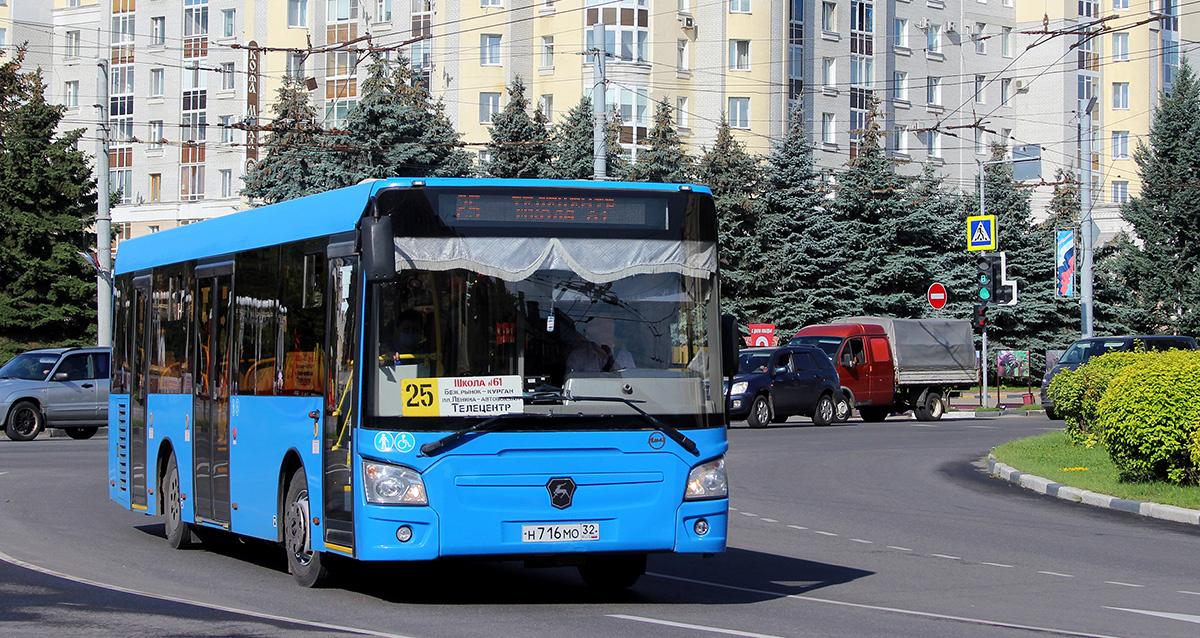 Брянск. ЛиАЗ-4292.60 н716мо