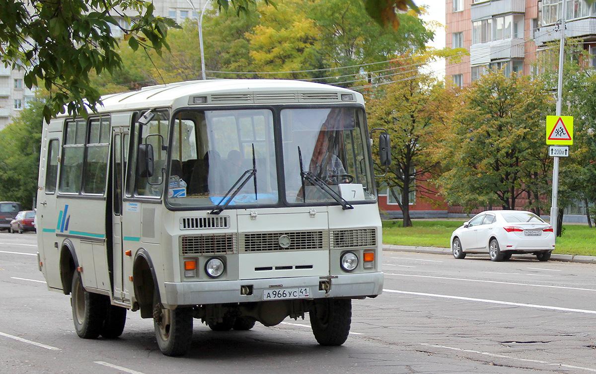Комсомольск-на-Амуре. ПАЗ-3206-110 а966ус
