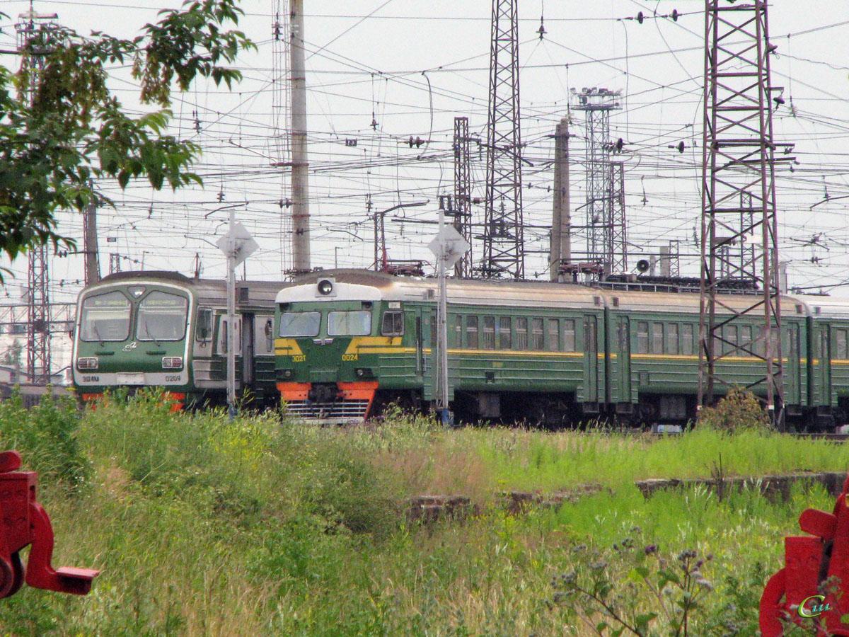 Ярославль. ЭД2Т-0024, ЭД4М-0209