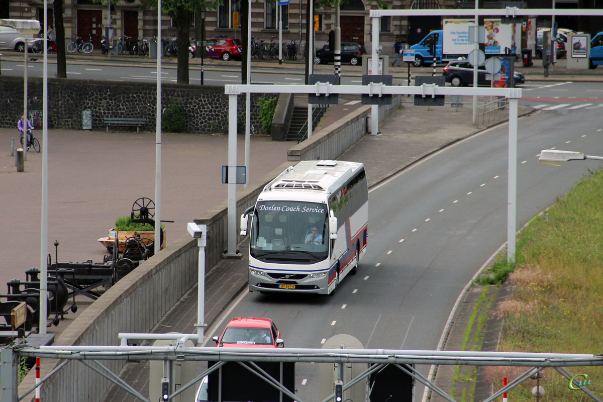 Амстердам. Carrus 9700HD UG 87-BKT-4