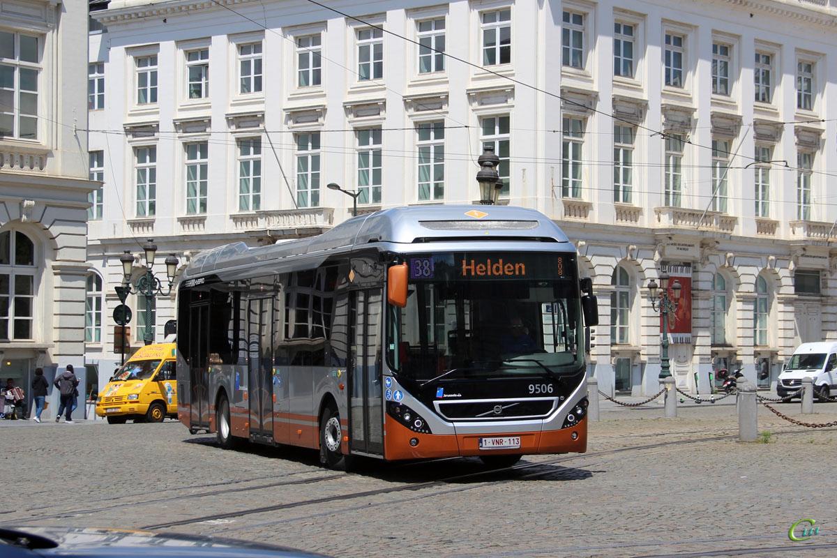 Брюссель. Volvo 7900 Hybrid 1-VNR-113