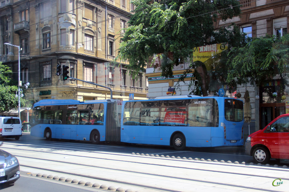 Будапешт. Van Hool New AG300 MUT-885