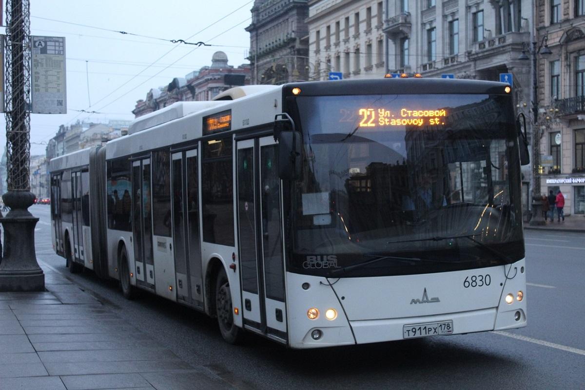 Санкт-Петербург. МАЗ-215.069 т911рх
