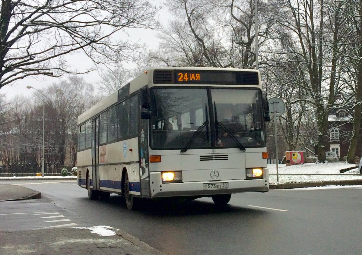 Калининград. Mercedes-Benz O407 с573вт