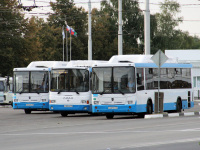 Белгород. ЛиАЗ-5293.70 н160ра, НефАЗ-5299-30-31 (5299GN) н467мт, НефАЗ-5299-30-31 (5299GN) н576мт