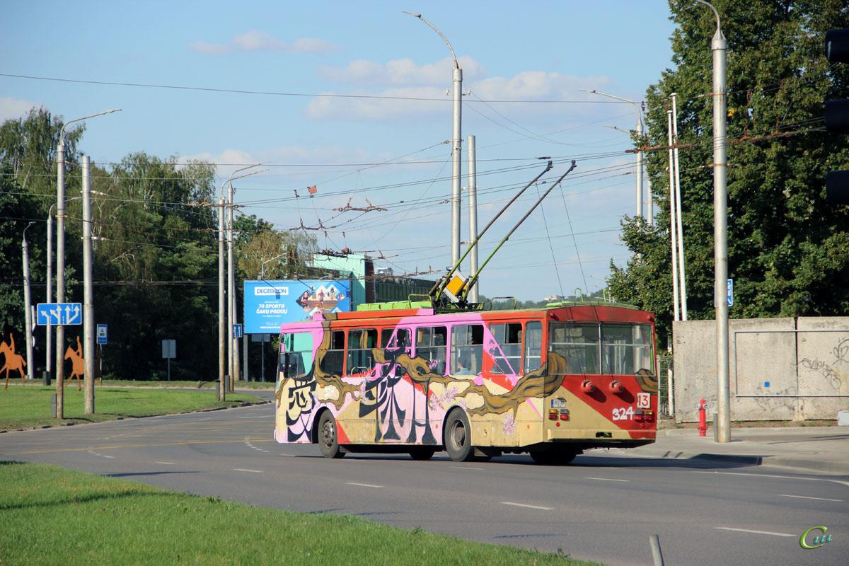 Каунас. Škoda 14Tr11/6 №324