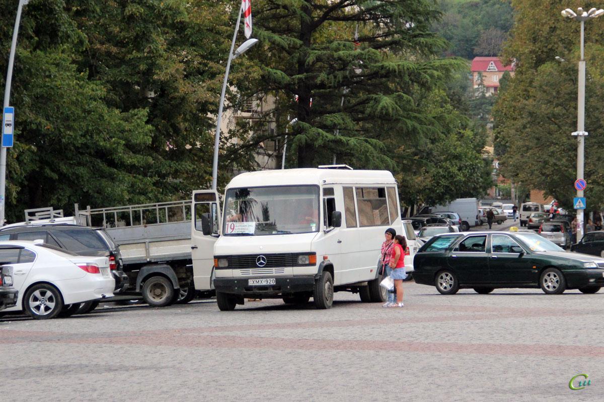 Кутаиси. Mercedes-Benz T2 814D XMX-920