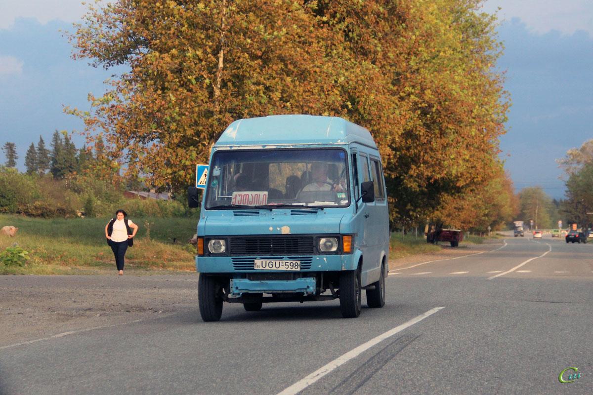 Кутаиси. Mercedes-Benz T1 UGU-598