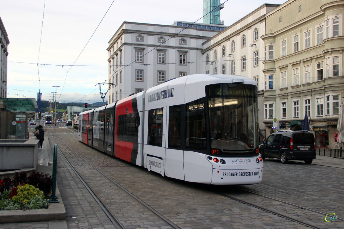 Линц. Bombardier Flexity Outlook №071