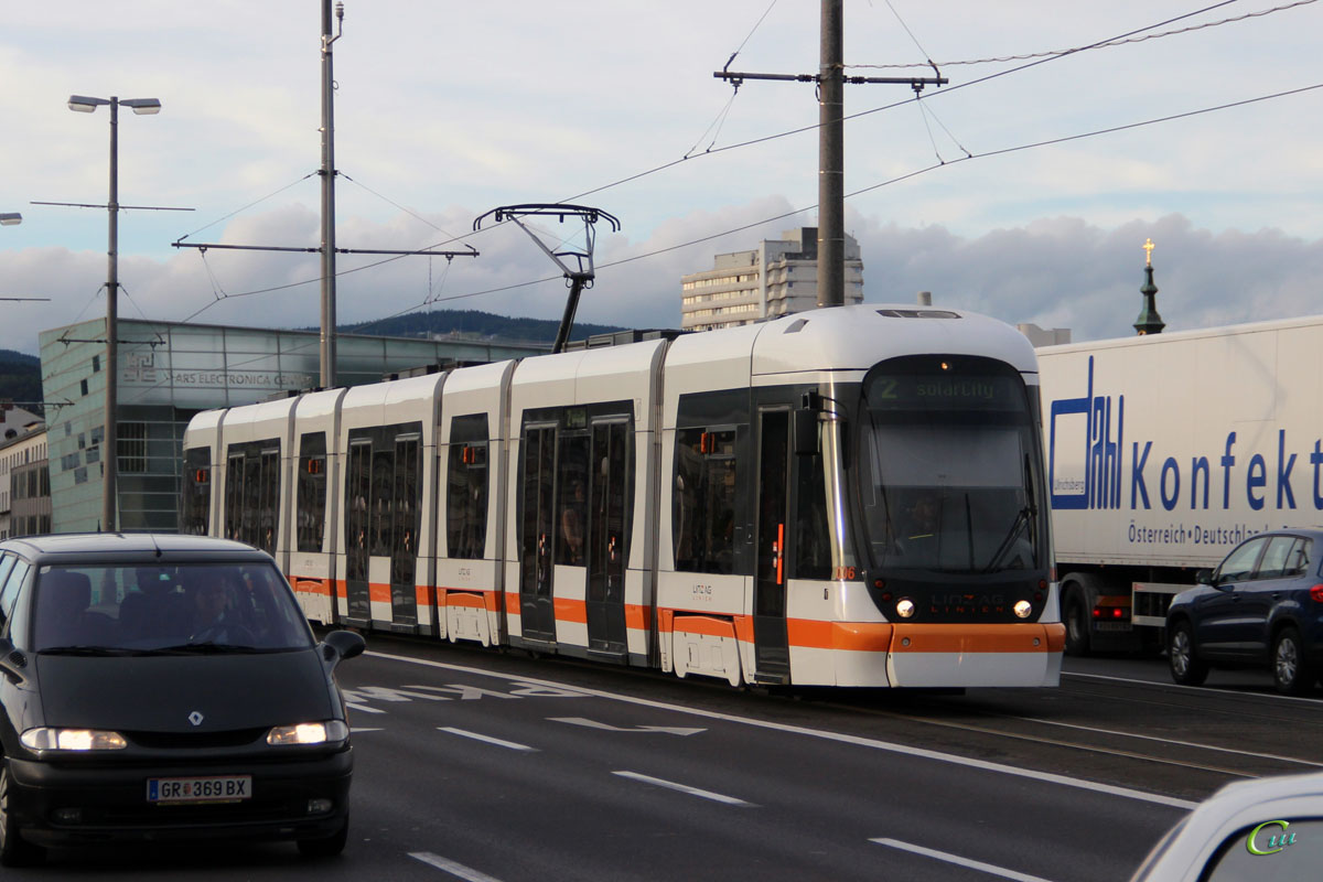 Линц. Bombardier Cityrunner №006