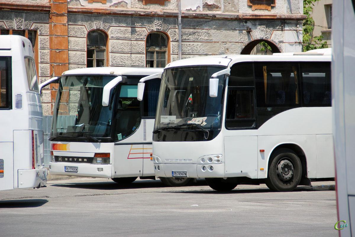 Пловдив. Setra S315UL-GT PB 7098 KM, Temsa Safari PB 7494 PM