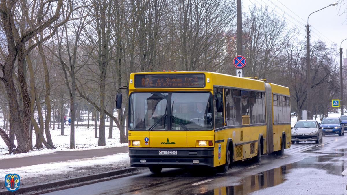 Минск. МАЗ-105.065 AI1029-7